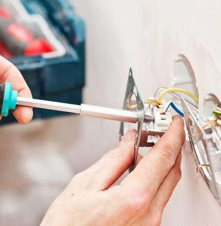 Residential Electrician Brisbane, Logan Redlands - Domestic Electrician